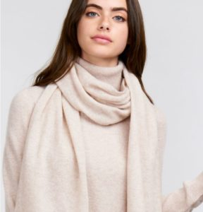 echarpe cachemir garde-robe hiver
