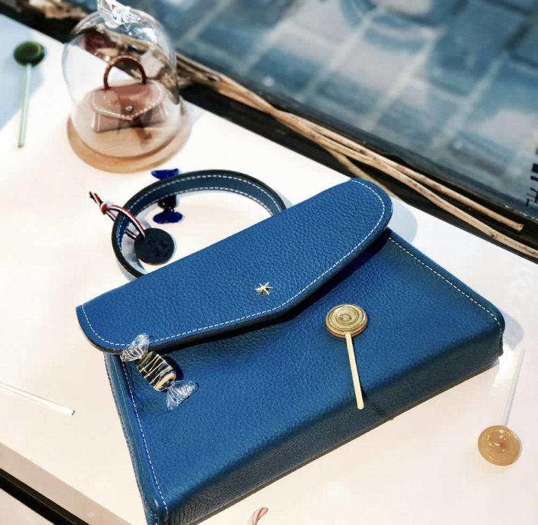 sac à main bleu
